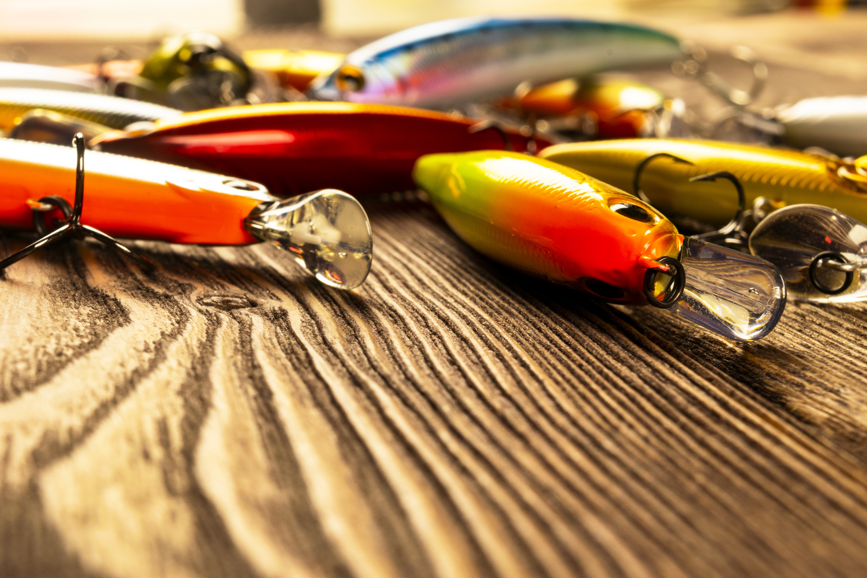 2.75/'/' Fishing Lures Crankbaits Hooks VIB Spinner Bait Tackle Plastic 7cm New